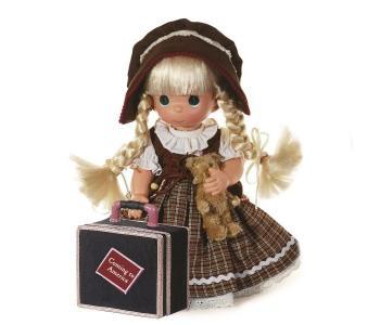 Кукла Путешественница блондинка 30 см Precious