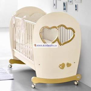 Детская кроватка  Sweet Mama 125х65 Bambolina